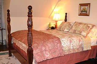 Guest Room at Franklin House Bed and Breakfast