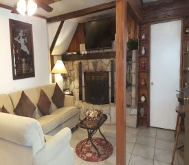 Deluxe Suite at Arrowhead Tree Top Lodge