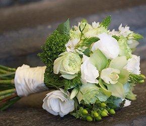 Bridal Bouquet at Arrowhead Tree Top Lodge in Lake Arrowhead, California