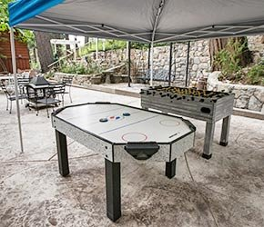 Patio Games at Arrowhead Tree Top Lodge