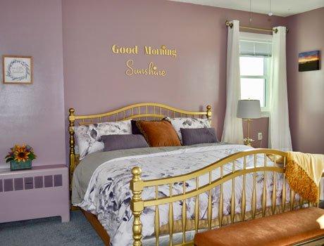 Kingswood Lake Room at Lake View Inn in Wolfeboro, NH