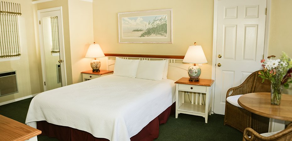Single Queen Garden View ADA room at White Water Inn in Cambria, CA