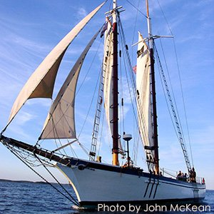 The Schooner Appledore in Maine - Photo by John McKean