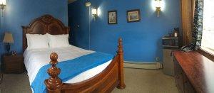 Room 5 at Eyak Inn