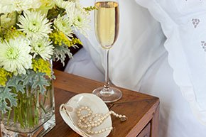 Enjoy a pearl necklace with your Champagne at Simeon Potter House