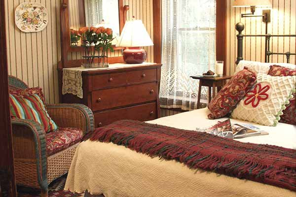 The Cozy Room at Albany House Bed and Breakfast in Albany, WI