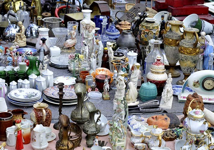 Antique Stores near Woodrow House