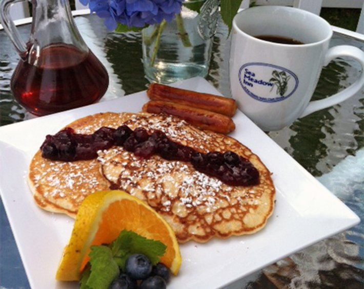 pancakes at sea meadow inn