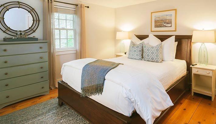 Room at Sea Meadow Inn in Brewster, MA