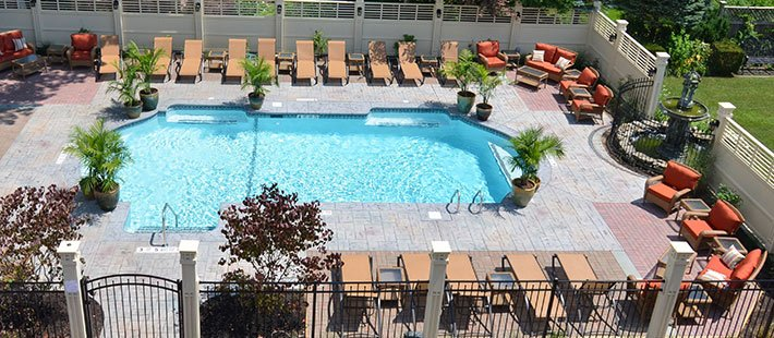 pool at Alexander House in Saratoga Springs, NY