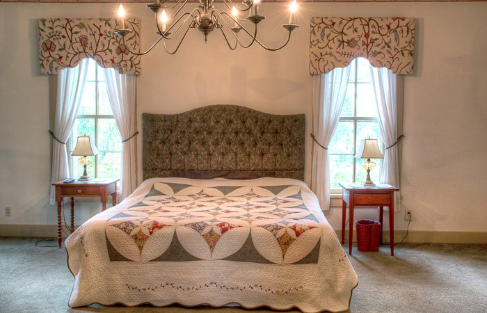 Abby's Hideaway Guest Room at Emma's Bed and Breakfast in Springfield Ohio