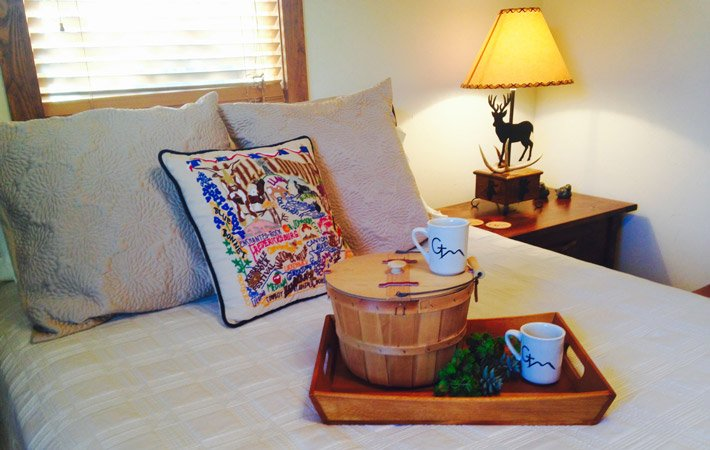 Guest Rooms at Glory Hill Bed and Breakfast in Pipe Creek, TX