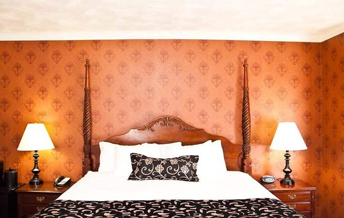 Deluxe King at Canyons Boutique Hotel in Kanab, UT