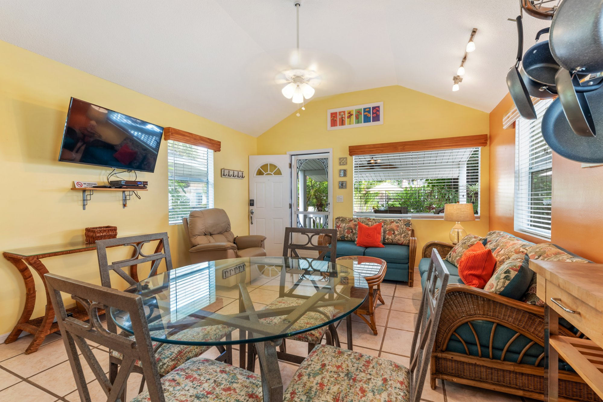 Gulf Front suite 601 at Carter vacation Rentals