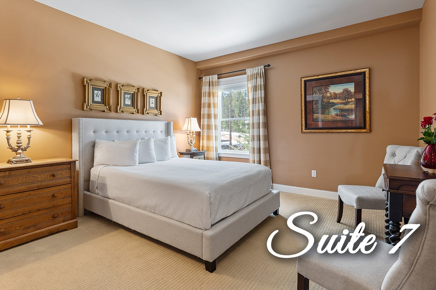 Suite 8 Bed and in room spa bath