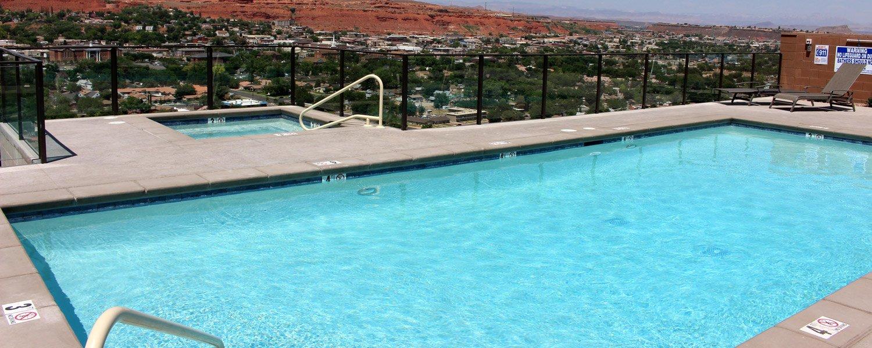 Inn on the Cliff pool