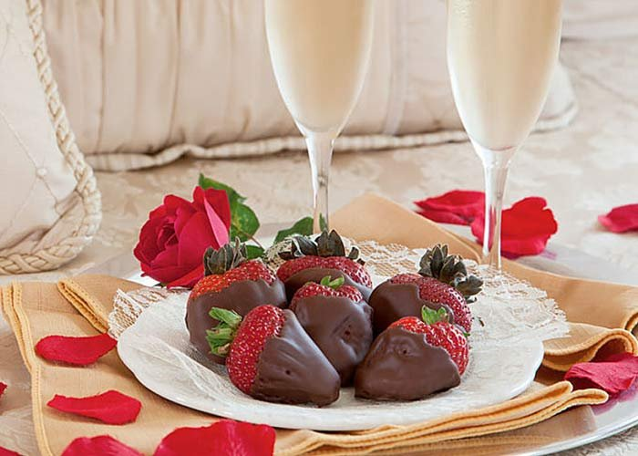 Champagne and chocolate-dipped strawberries