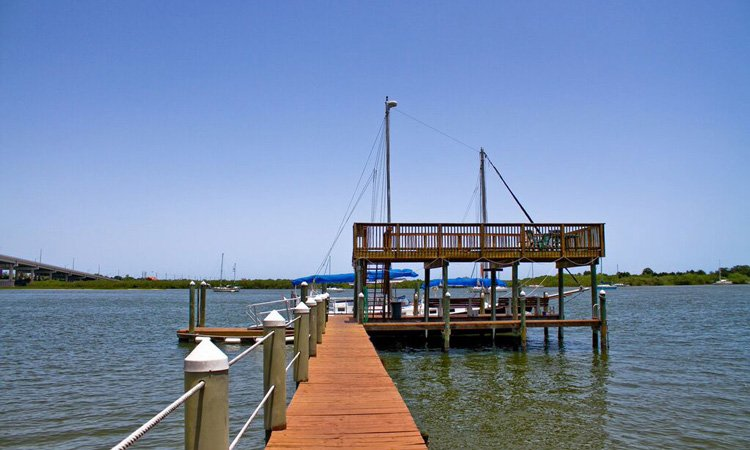 Things to do near Night Swan Inn in New Smyrna Beach, FL