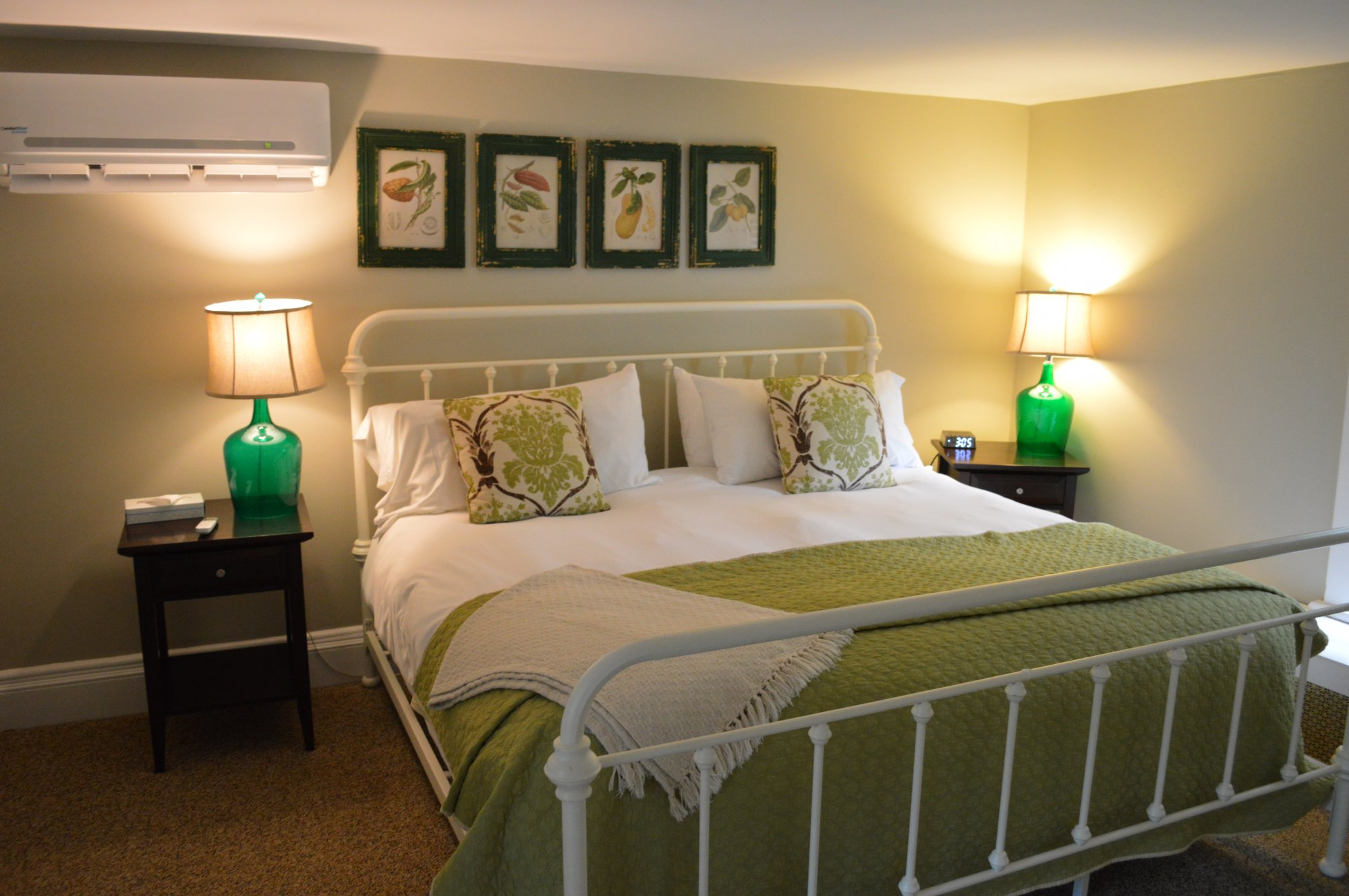 Rye Room at the Inn at Gristmill Square in Warm Springs, Virginia