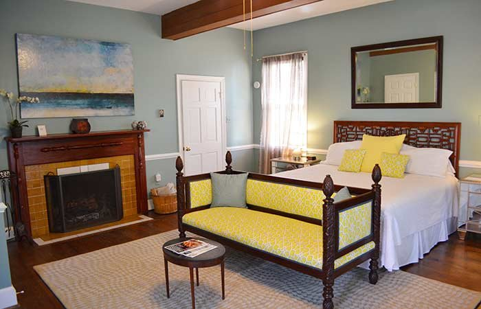 Singapore Room at the Inn at Gristmill Square in Warm Springs, Virginia