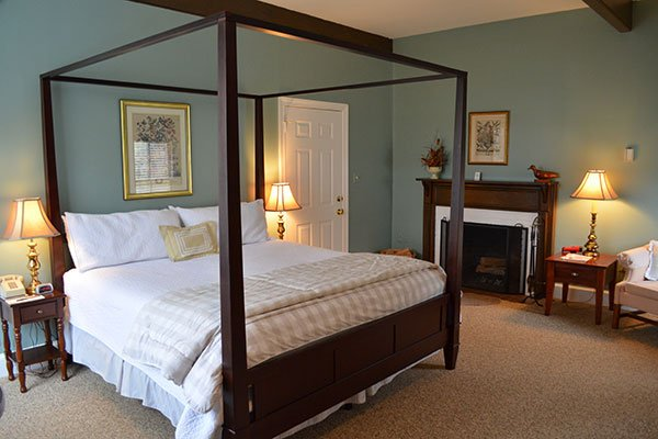 Rooms at Inn at Gristmill Square