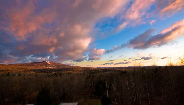 Bromley View Inn in Bondville Vermont policies