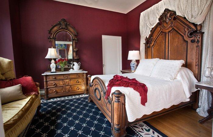 Rooms at Bischwind Inn in Bear Creek, Pennsylvania