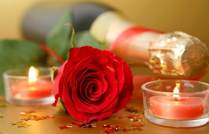 Honeymoon candlelight package at Walnut Street Inn in Springfield, Missouri