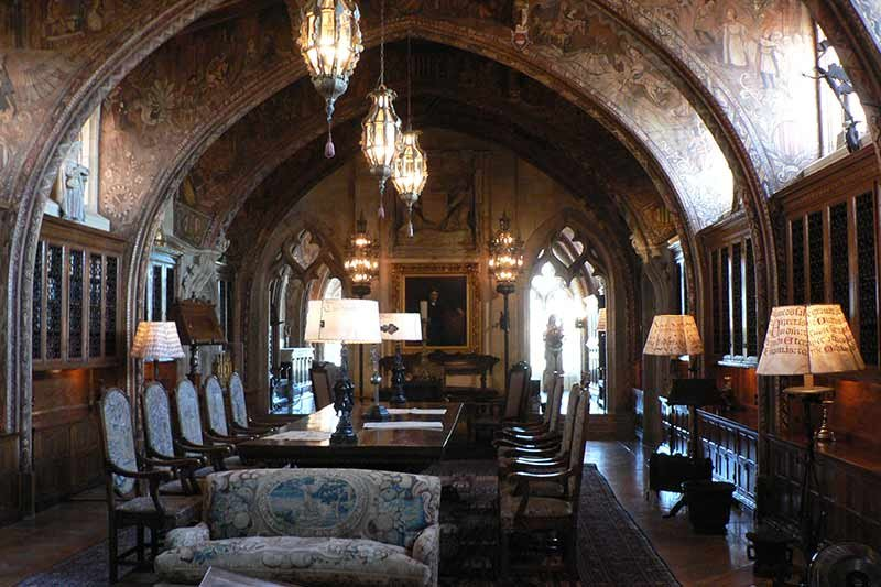 antique castle dining room