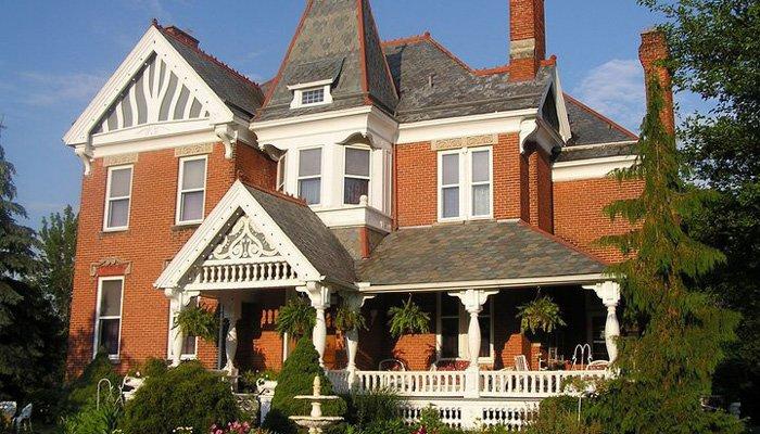 The Grand Kerr House in Grand Rapids, Ohio