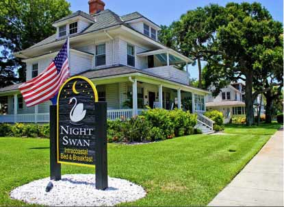 Night Swan Intracoastal  Bed & Breakfast