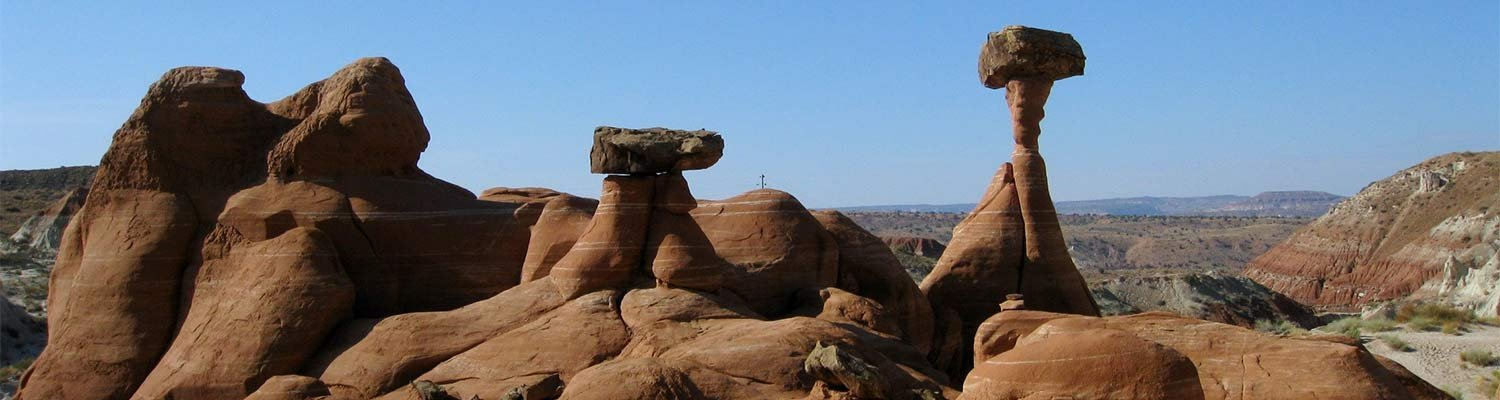 Mushroom shaped rock formations