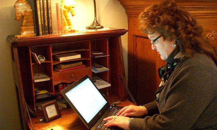 Business Travelers at Westphal Inn in Hartford, WI