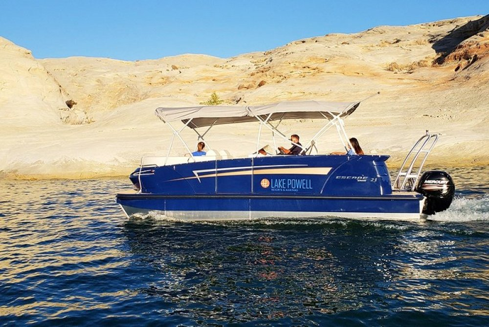 23' Pontoon Boat from Wahweap Marina Lake Powell