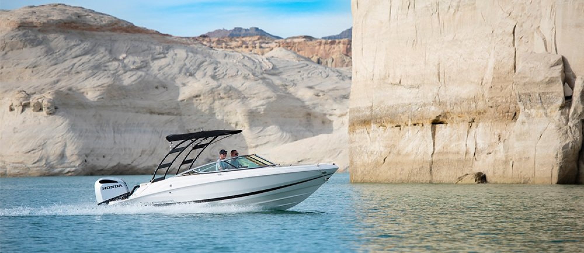 Brand New 21 ft Regal Powerboat Rental at Wahweap Marina