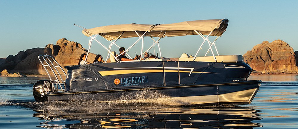 23 ft Larsen Escape Pontoon Boat Rental at Wahweap Marina