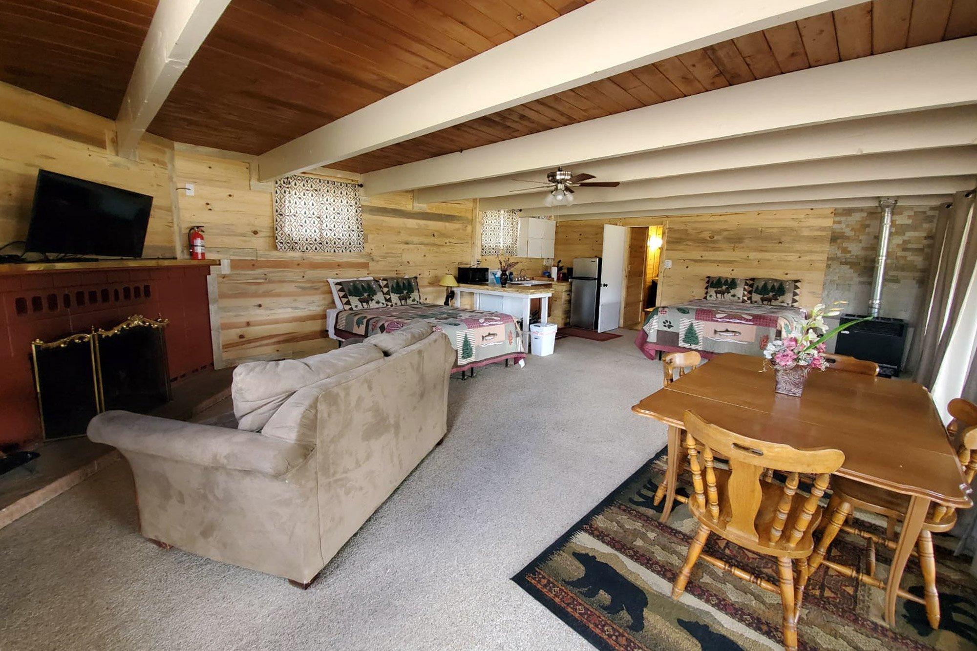 Estes Lake Lodge Lakeside Deer Lodge photo coming soon