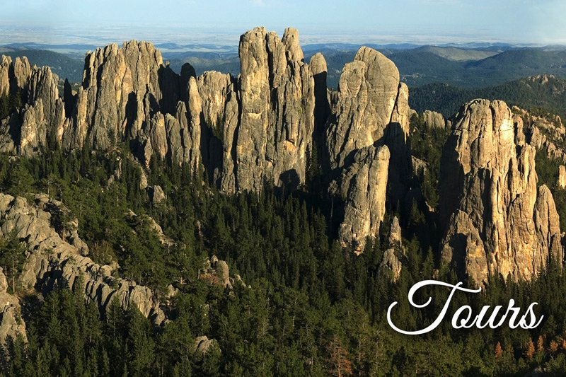 Tours - Needles Highway mountains