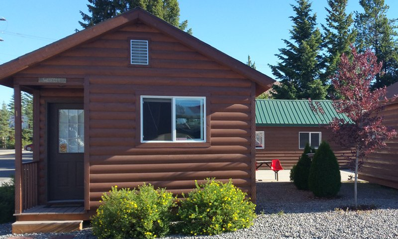 Guest Cabin with shrubs