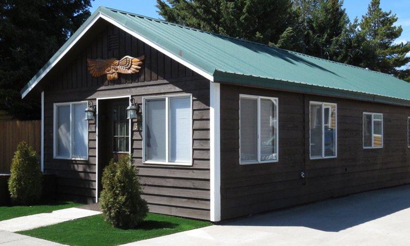 Large Guest Cabin