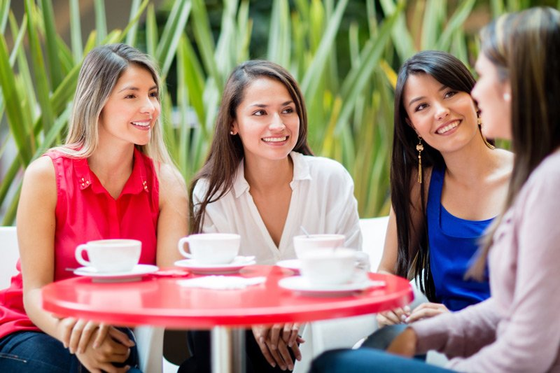 group of girls having coffee