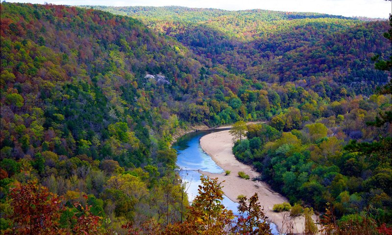 PJ's Lodge Adventures Buffalo National River Autumn Photo By Doug Wertman - Flickr: Overlooking The Buffalo River, CC BY 2.0, https://commons.wikimedia.org/w/index.php?curid=29838397