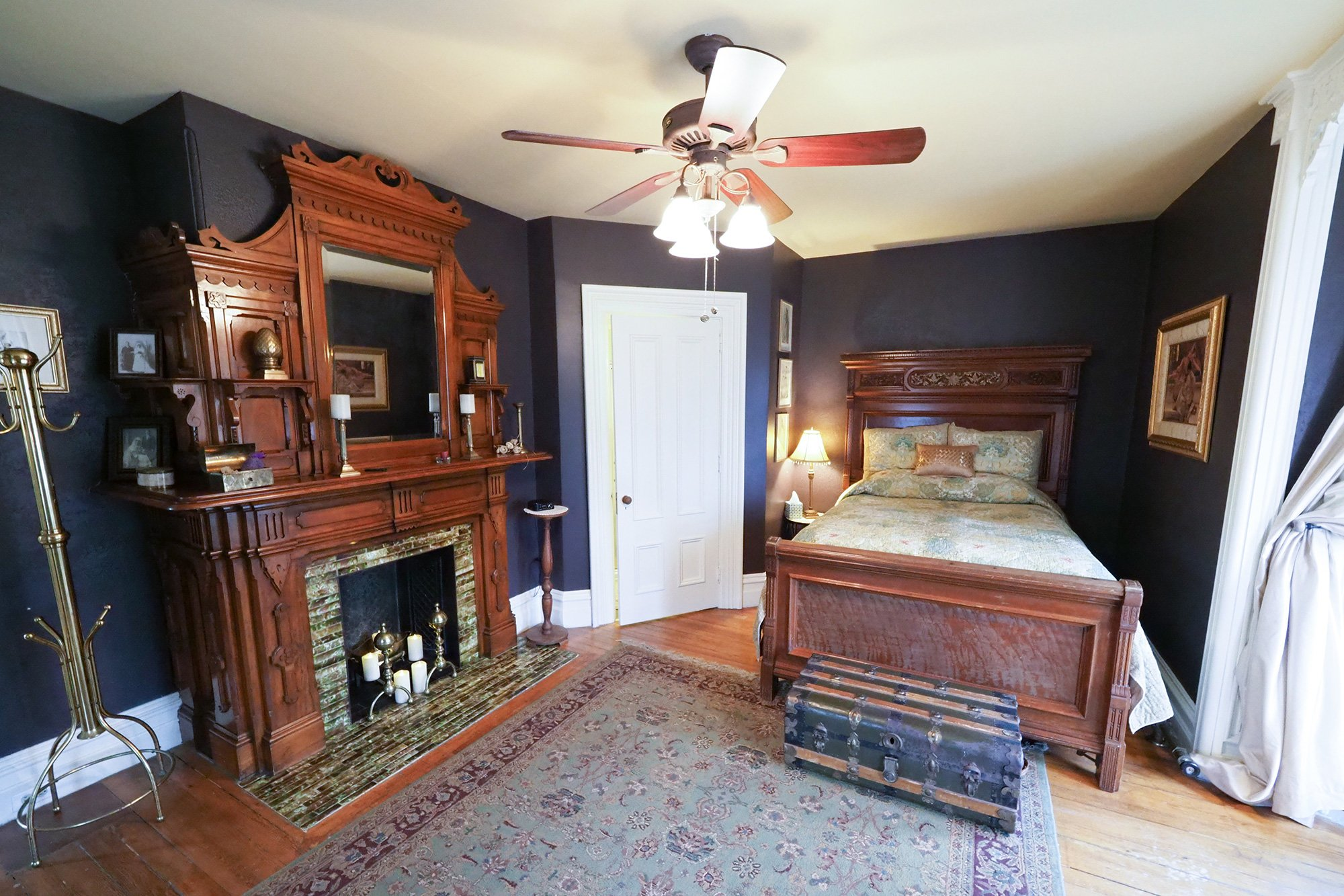 bed and fireplace