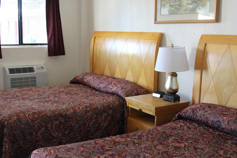 room two beds