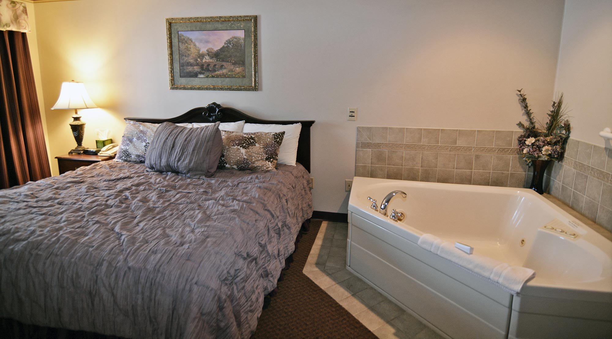 King Bed Near Jacuzzi® Tub