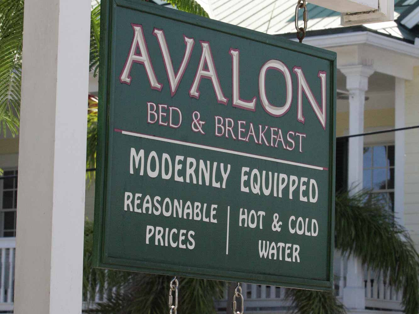Avalon Bed & Breakfast - Modernly Equipped, Reasonable Prices, Hot & Cold Water