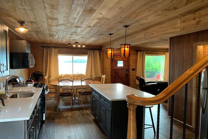 Pilot Suite Kitchen