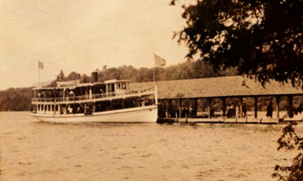 Historical Image of Steamboat Landing
