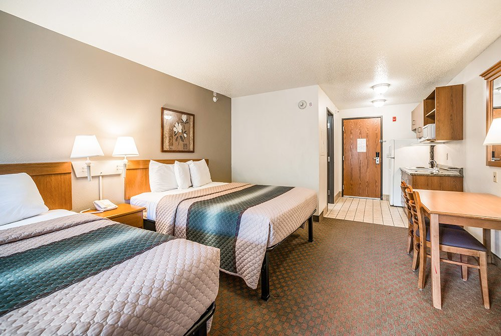 Double Queen Suite with two beds